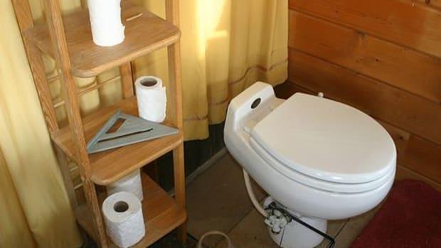 composting-toilet-ccflcr-redjar