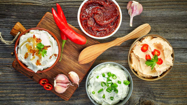 6 Unique Dip Recipes That Will Totally Make You Flip