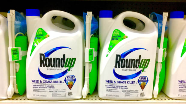 Jury Says Monsanto's Roundup Causes Cancer, Awards Victim $289 Million