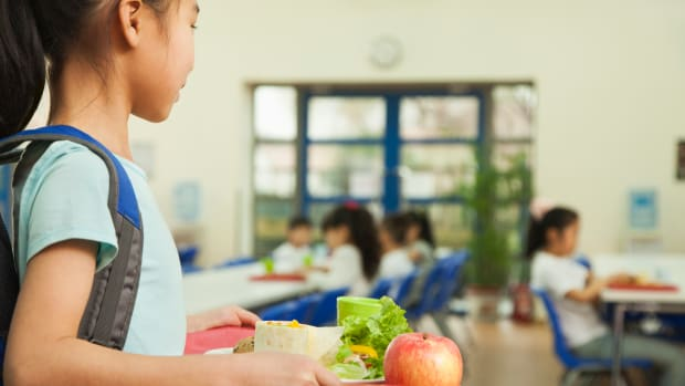 Los Angeles School District Poised to Replace McDonald's and Processed Meat with Vegan Food