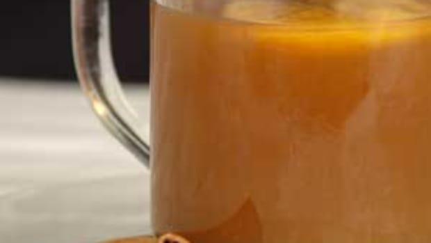 Hot-Organic-Apple-Cider1