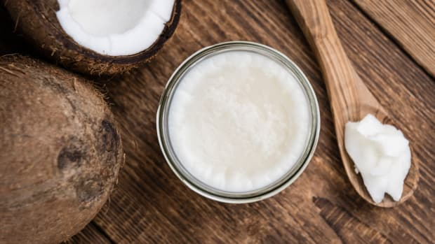 Can Extra-Virgin Coconut Oil Really Reduce Belly Fat?