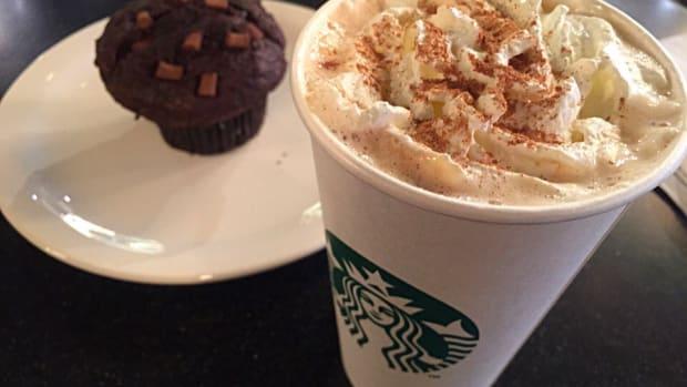 New Starbucks Pumpkin Spice Latte Includes Real Pumpkin