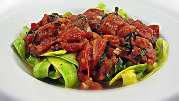 zucchini-pasta-ccflcr-tomato-summer