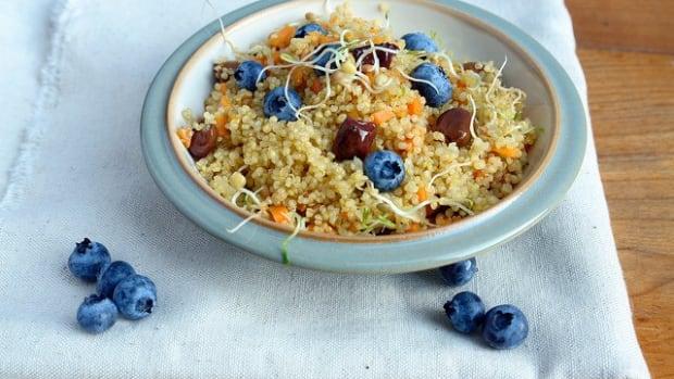 healthy breakfast recipe quinoa bowl