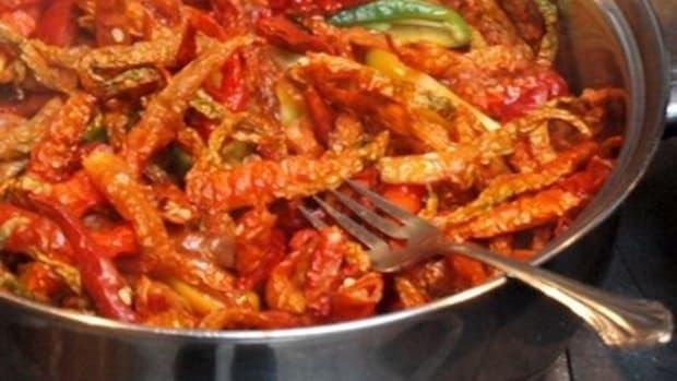 homemade-5-pepper-hot-sauce