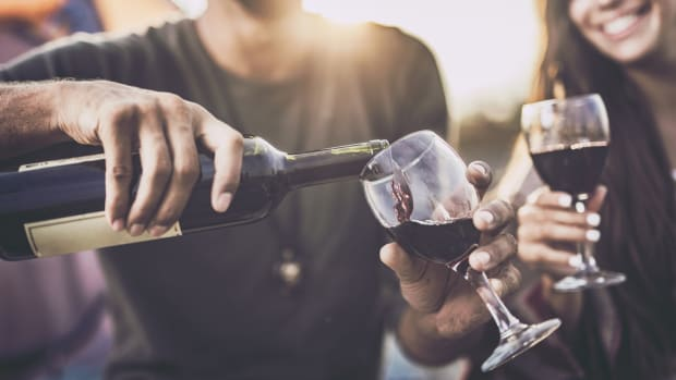 3 Ways to Make Your Glass of Wine More Sustainable