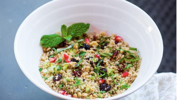 Vegan Quinoa Bowls With Edamame and Cranberries