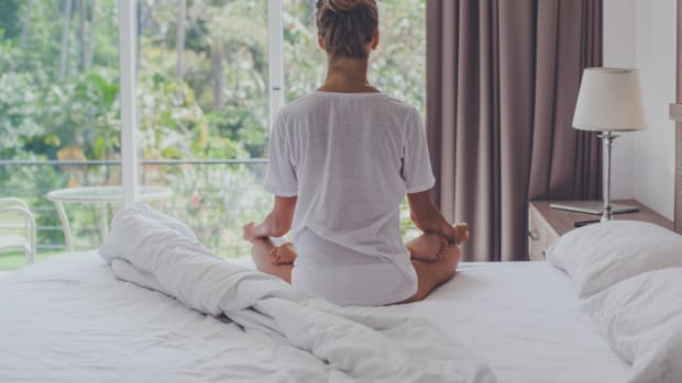 Why You Keep Quitting Your Meditation Practice (and How to Get Back to Your Pillow)