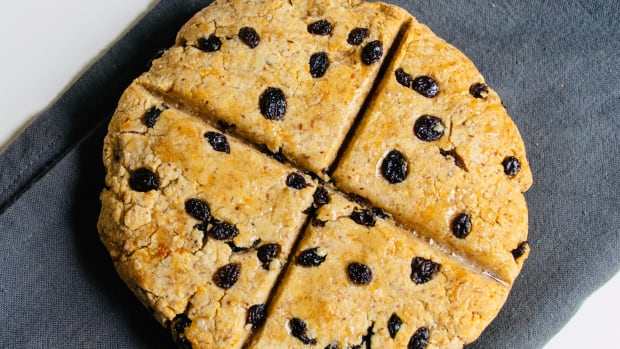 How to Make Gluten-Free Irish Soda Bread