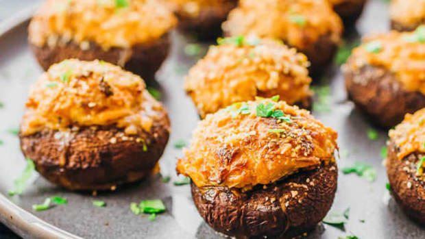 crab-stuffed-mushrooms-4