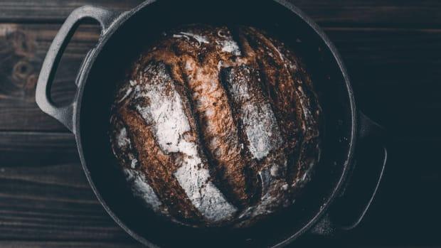 bread in dutch oven