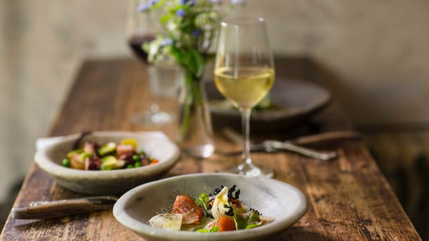 11 Fantastic Wine and Meal Delivery Services in the Time of COVID-2019
