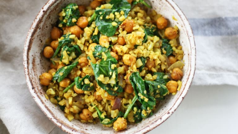 Curry Cauliflower Fried Rice with Roasted Chickpeas [Plant-Based + Gluten-Free]