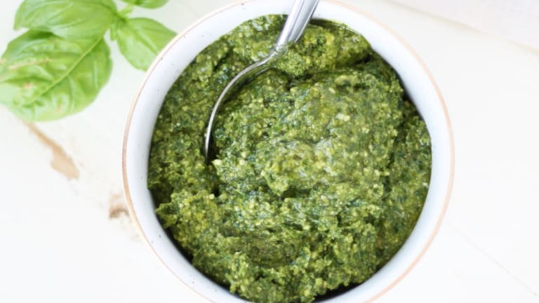 Make This 5-Ingredient Plant-Based Pesto in Less Than 5 Minutes
