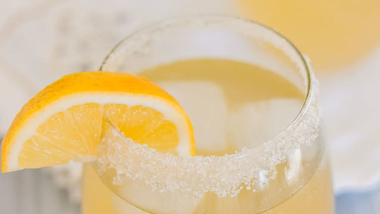 How to Make Lemonade: 4 Tasty Twists to Sip on This Summer