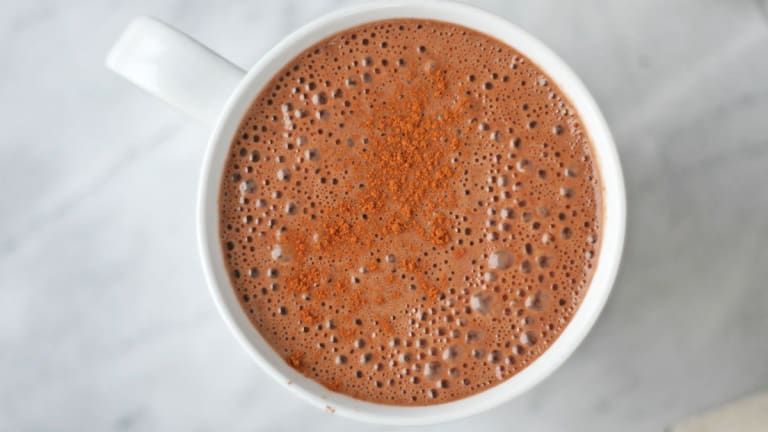 Vegan Superfood Hot Chocolate With Reishi, Maca, and Raw Cacao