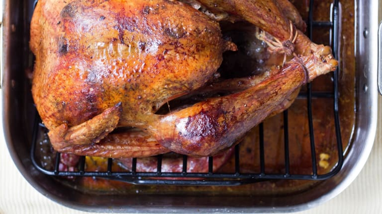 The Pros and Cons of Brining A Turkey for Thanksgiving