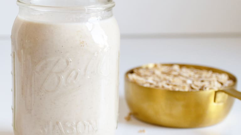 How to Make Dairy-Free Oat Milk At Home
