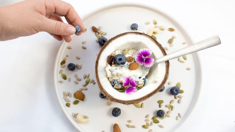 Tangy and Creamy Vegan Probiotic Coconut Yogurt Recipe