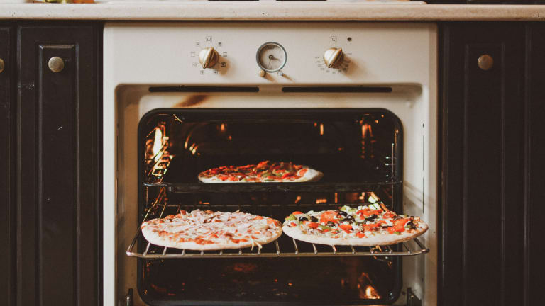 Stone, Steel or Cast Iron: Which Is Best For Homemade Pizza?