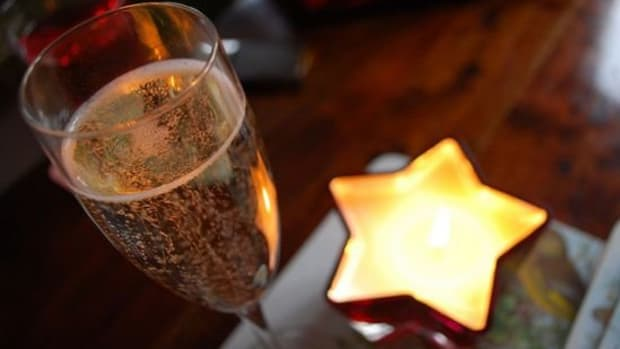 How to not get a headache when drinking champagne