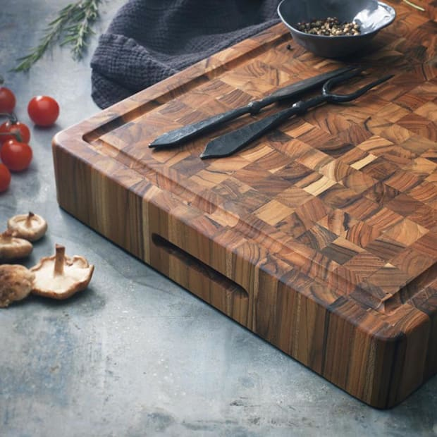 teakhaus endgrain cutting board