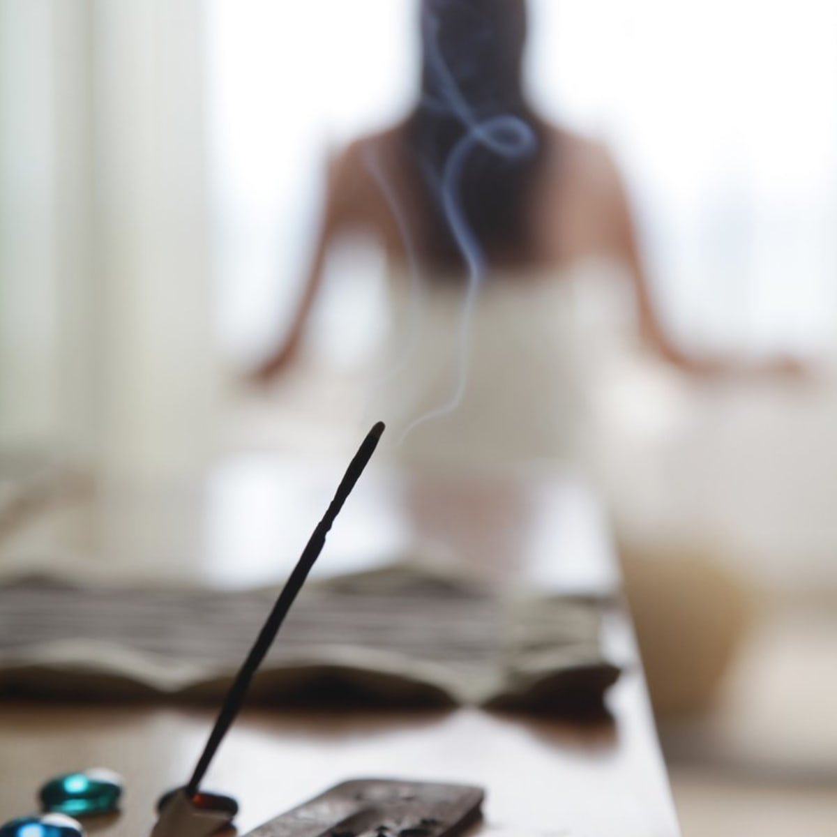 Yes There S A Right Way To Burn Incense Safely Organic Authority