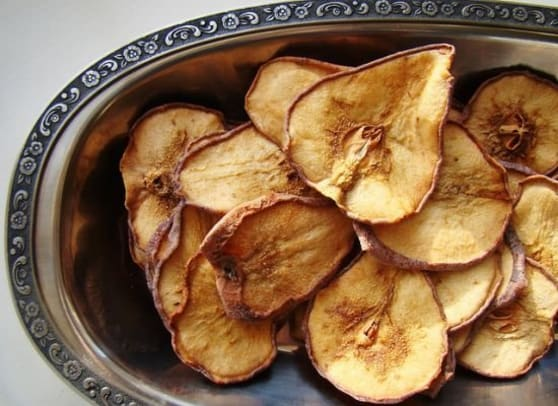 dehydrated-pears-ccflcr-vegan-feast-catering