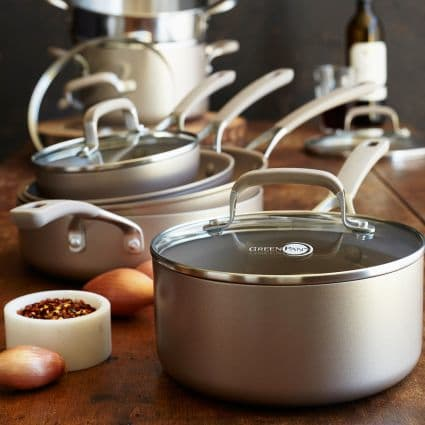 8 Non Toxic Cookware Brands To Keep Chemicals Out Of Your