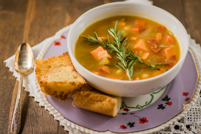Vegan soup recipe with sweet potatoes, chickpeas and rosemary