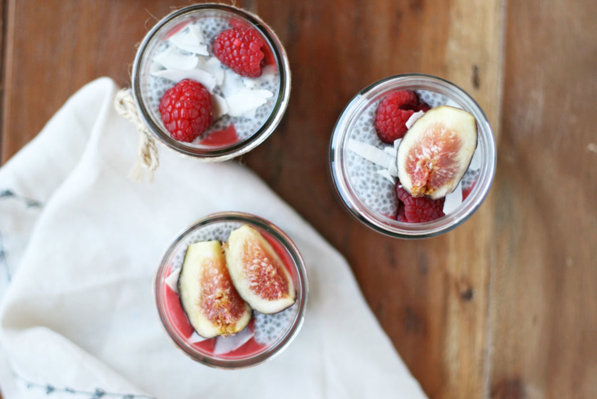 Healthy girl problems: having to decide between chia seed pudding and a berry smoothie for breakfast. We've got good news and the healthiest hack ever: combine the two and realize that there's never any need to compromise on your breakfast ever again.