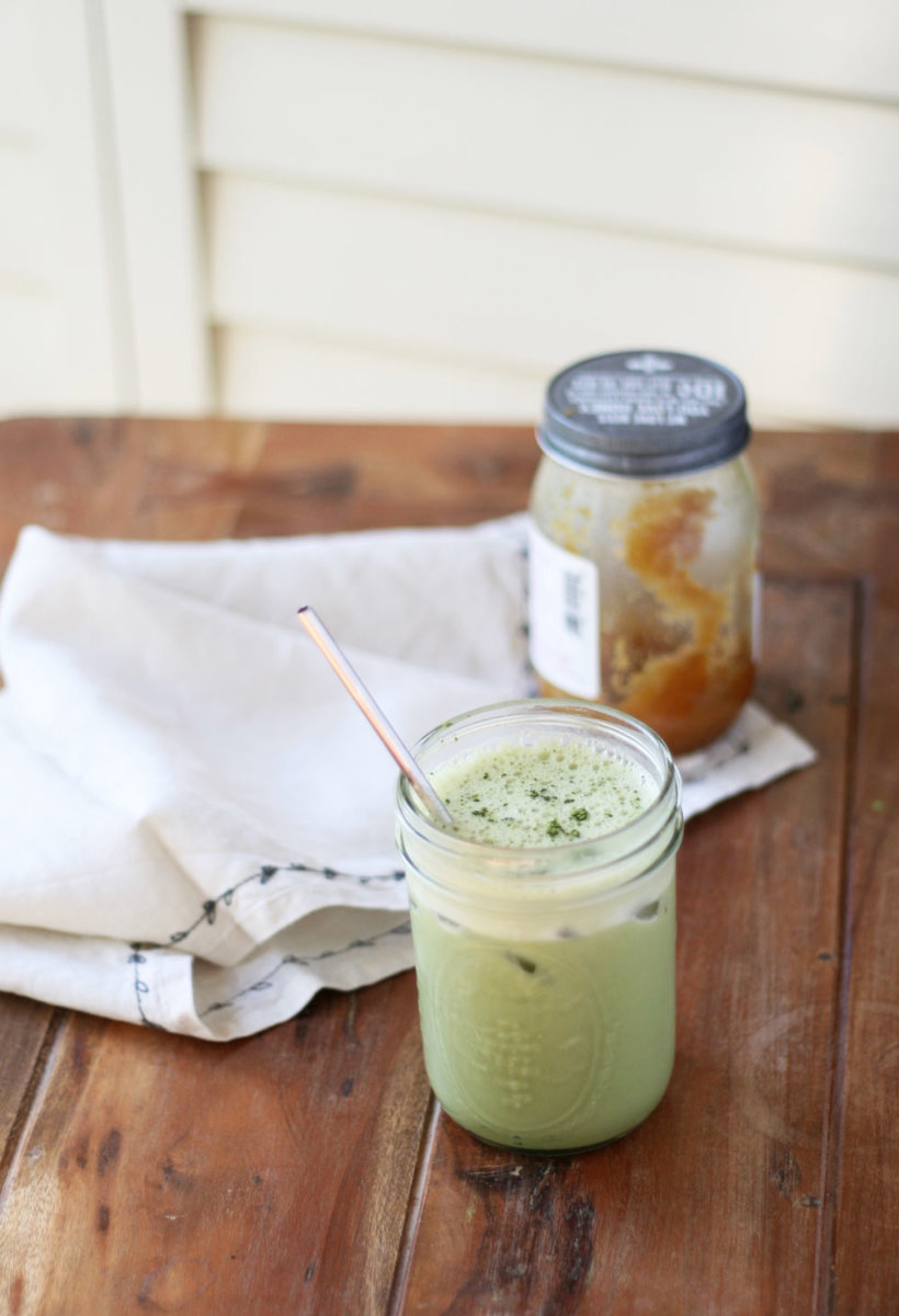 Meet Your Favorite New Iced Matcha Latte (It's Only 3 Ingredients!)