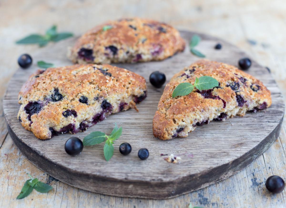 Vegan breakfast recipes for blueberry scones