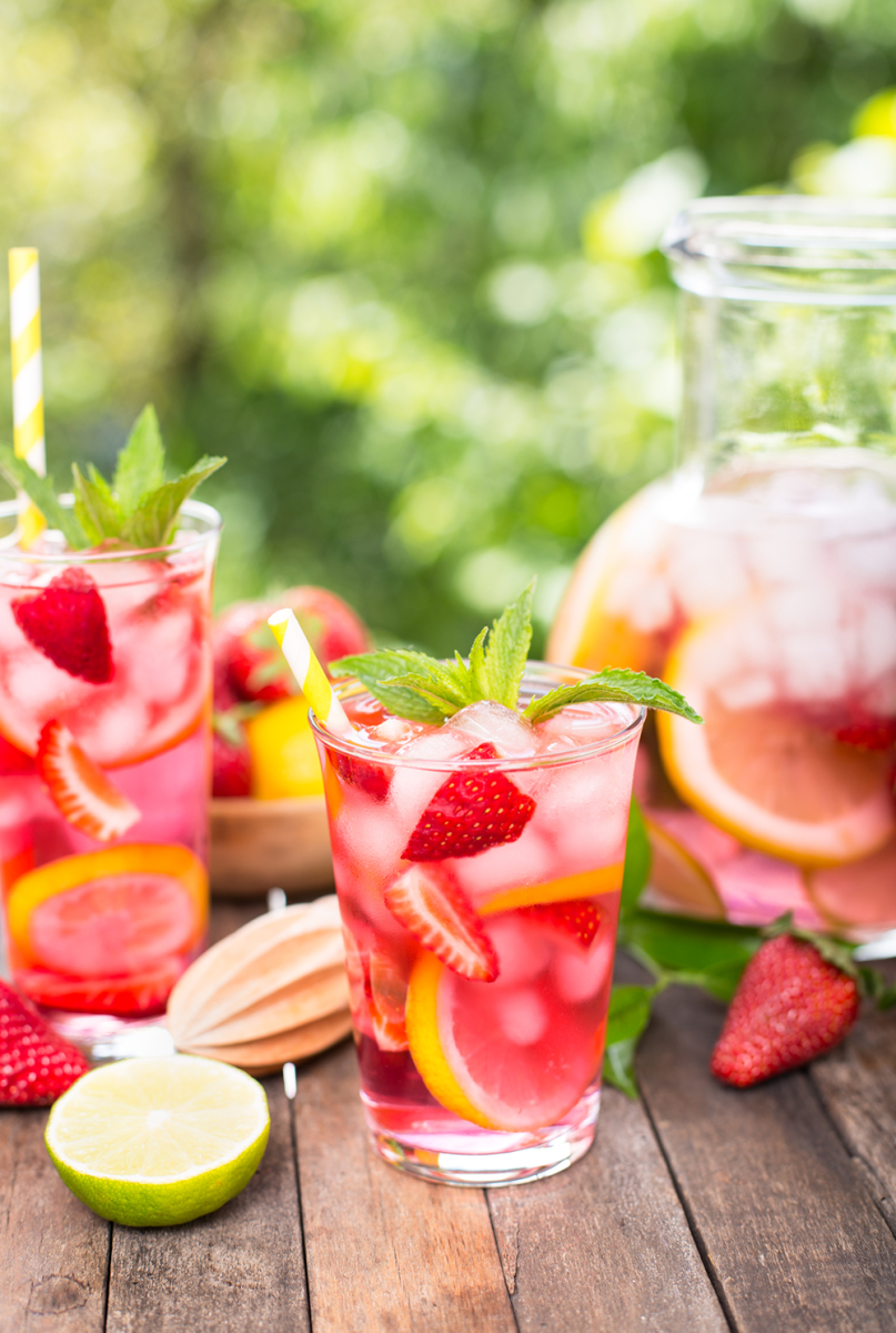This Vegan Fruit Spritzer Recipe Tastes Like Summer Organic Authority Mix Your Cocktail Using A Keyboard