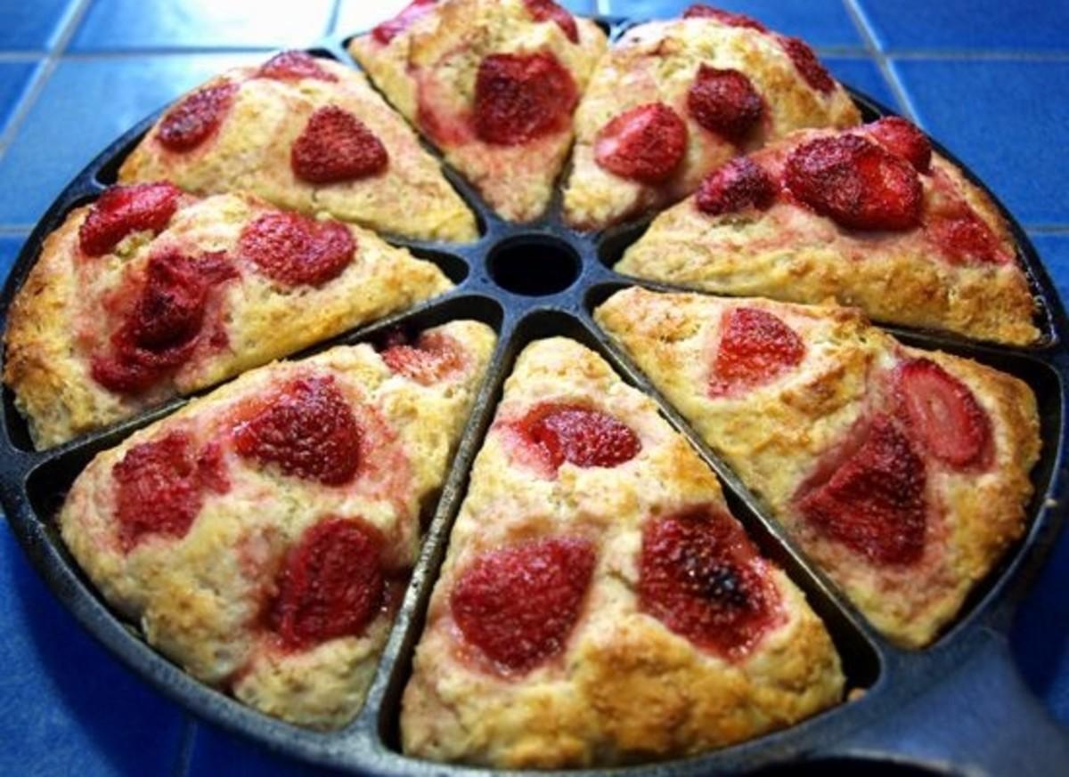 strawberry-yogurt-scones