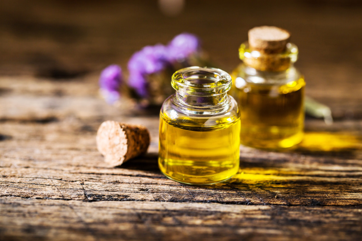 Everything You Need to Know About How to Use Essential Oils for Allergies