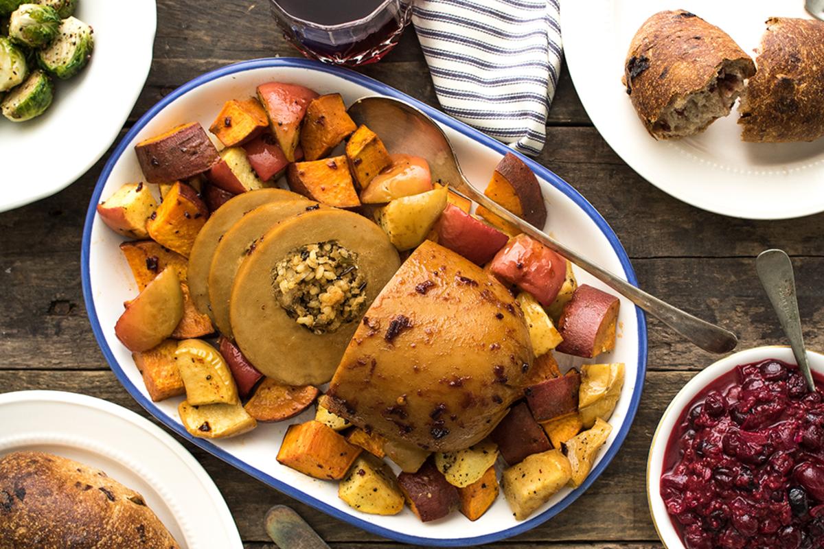 Vegan Thanksgiving Roasts: Tofurky Roast