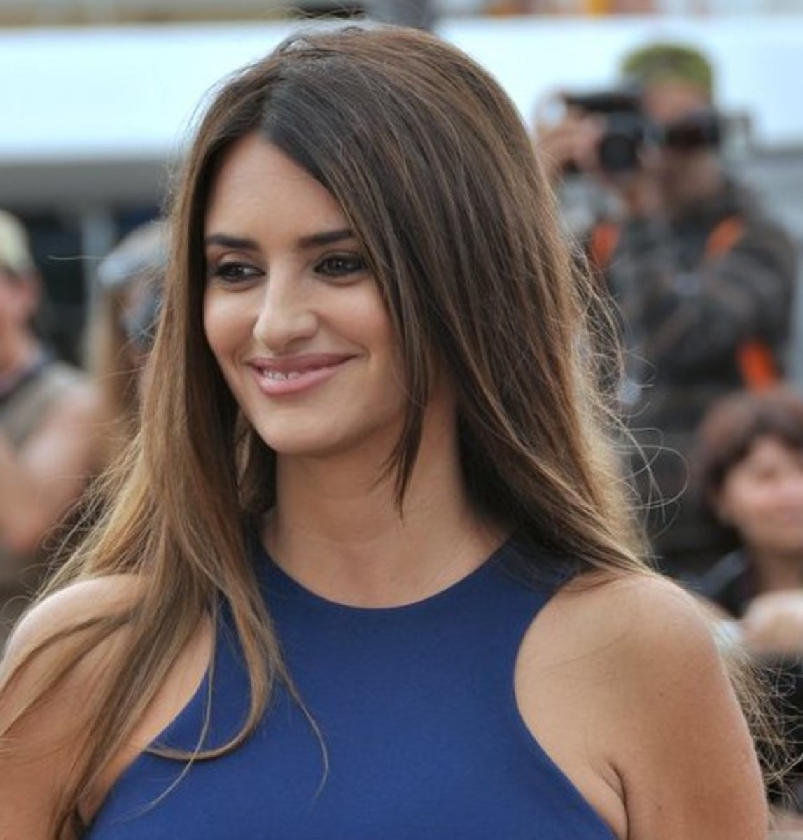Everything You Need to Know About Penelope Cruz's Acupuncture