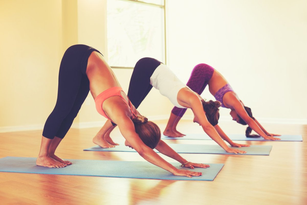 5 Common Yoga Injuries (And 6 Ways to Avoid Them!)