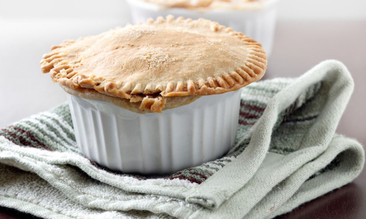 Winter Who?: A Vegetarian Pot Pie Recipe to Make You Forget the Cold