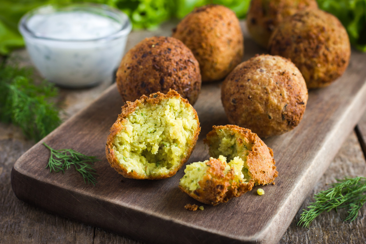 falafel with green peas