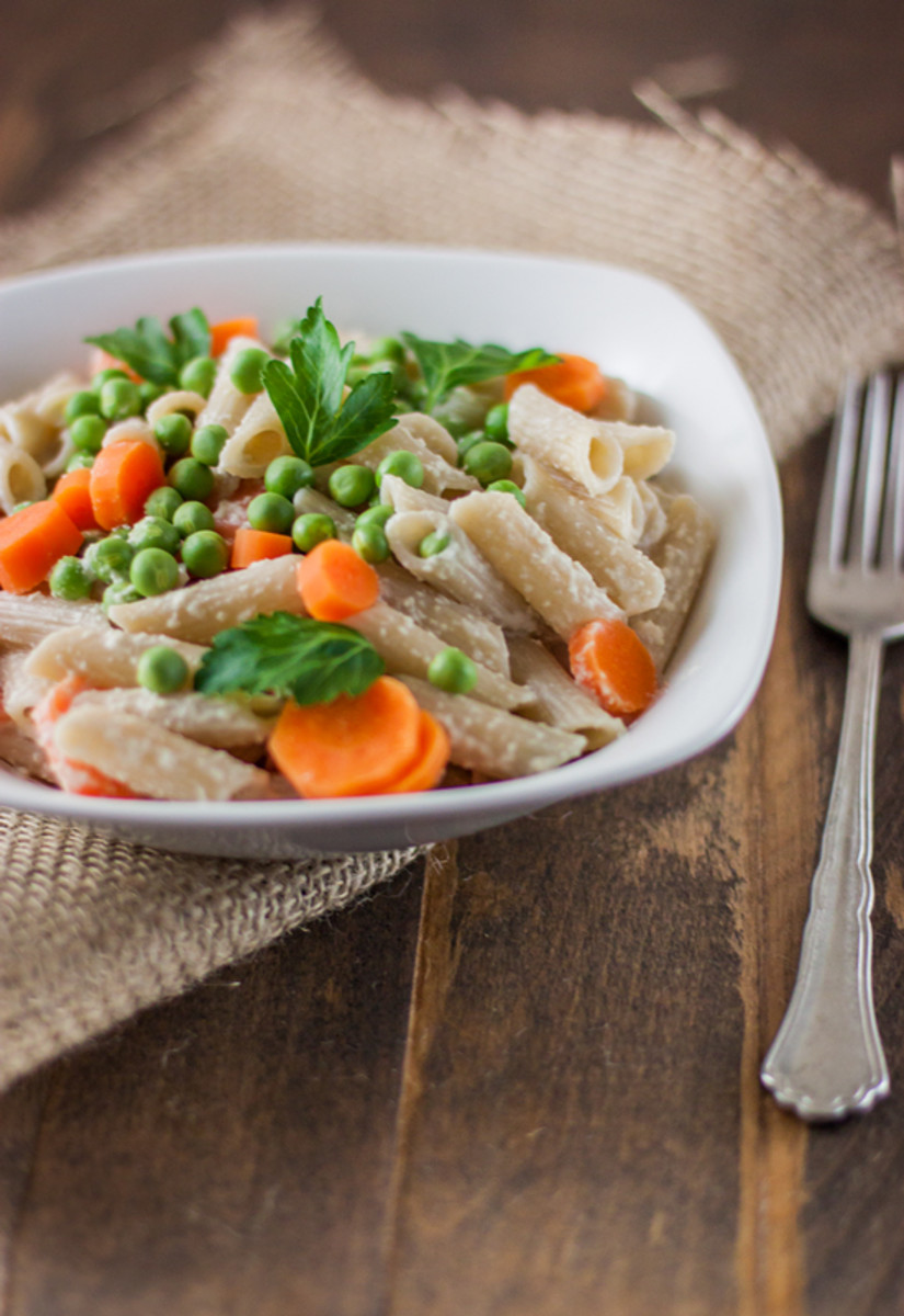Guilt-Free Vegan Pasta Primavera with Fresh Spring Peas