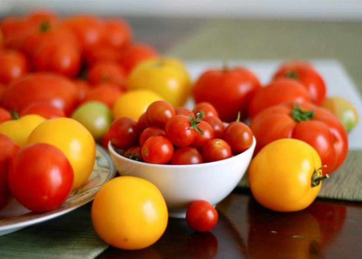 tomatoes-ccflcr-Ruthieki