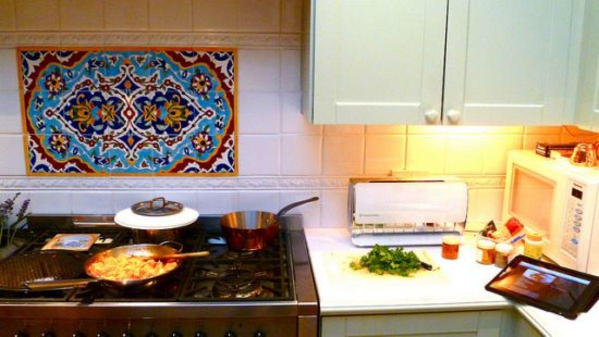 ipad-kitchen-ccflcr-herry-lawford