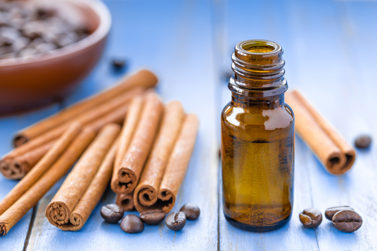 18 Amazing Benefits Of Cinnamon & Its Oil | Organic Facts