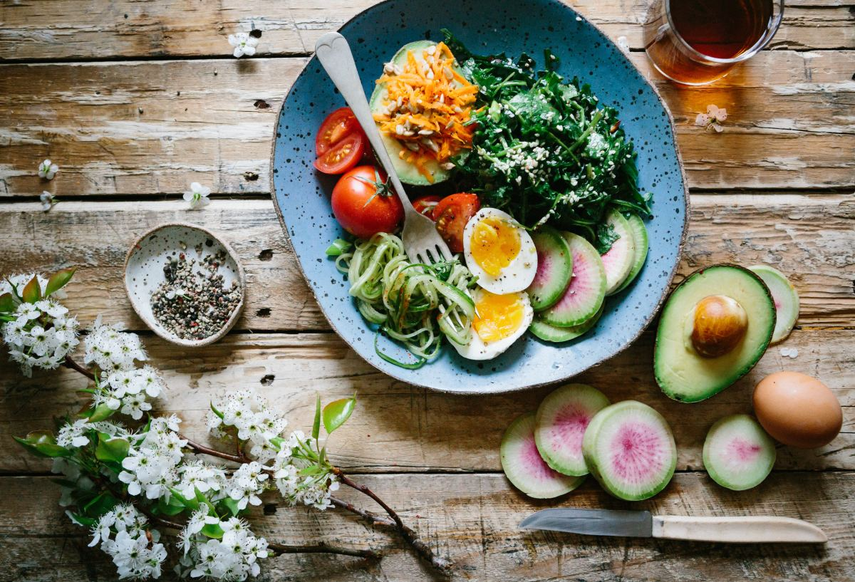 5 Reasons Why It's Time to Embrace Eating 'Pegan' and Ditch Paleo