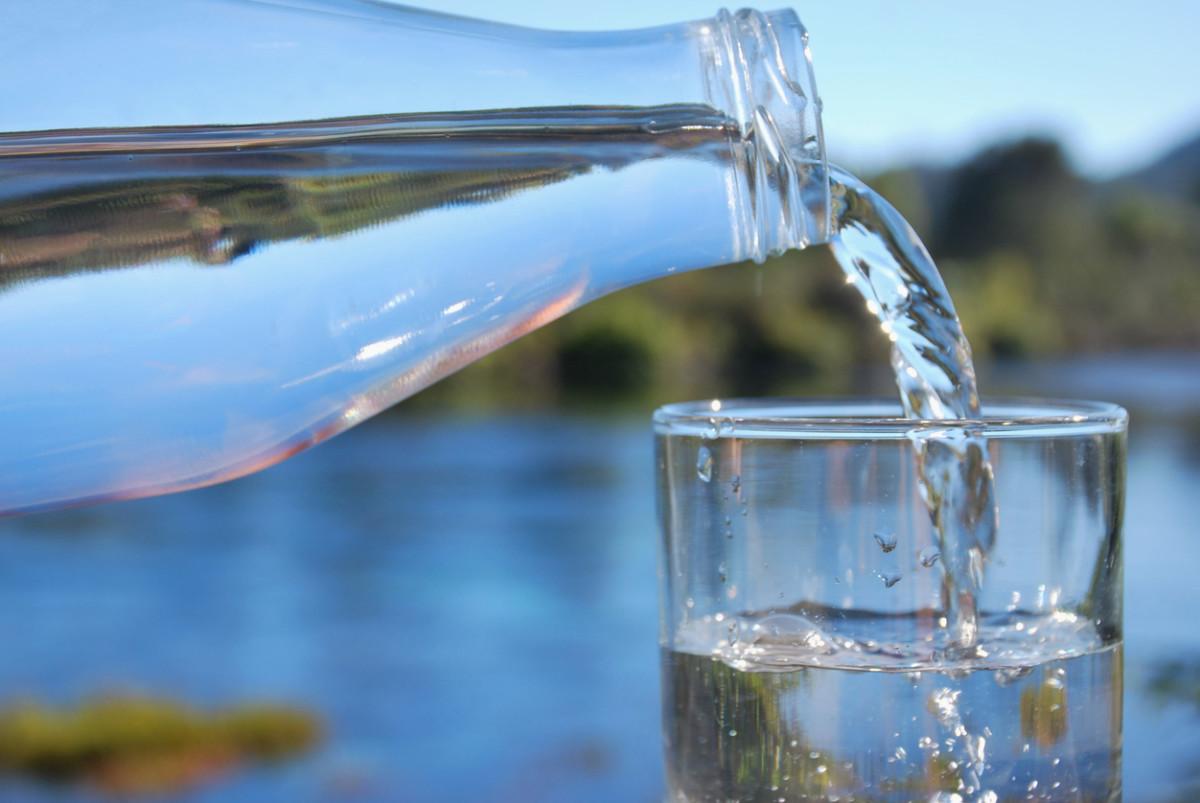 'Raw Water' Trend Has U.S. Doctors on Alert