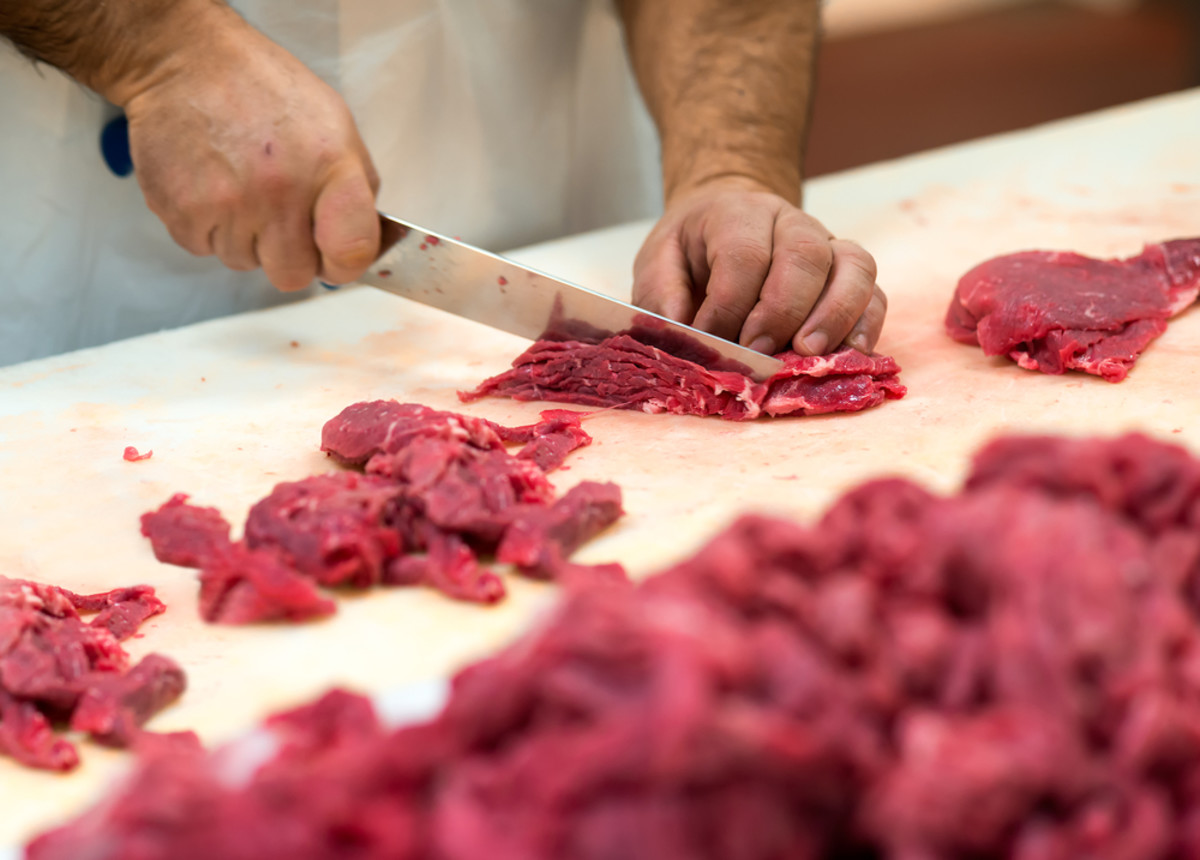 If you want to look young, stay away from red meat.