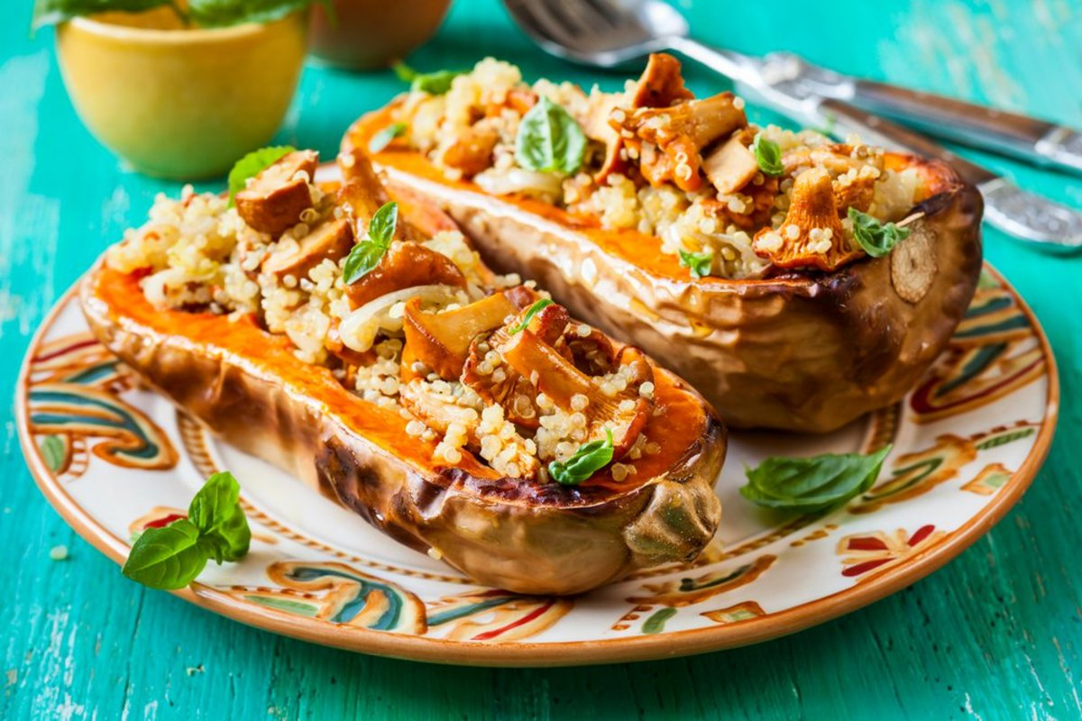 Stuff It! 4 Delicious Vegetarian Stuffed Squash Recipes for Meatless ...